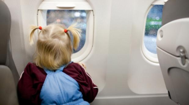 Для детей изменились правила пересечения границы Украины - SpravkaInform.com.ua