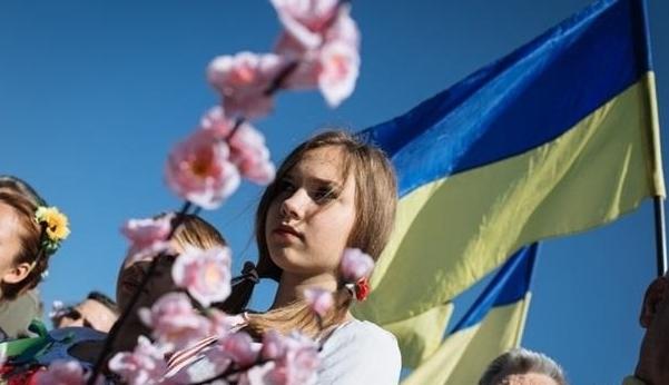 Уехать из страны хотят 65 процентов украинских граждан - Справка Информ | SpravkaInform.com.ua